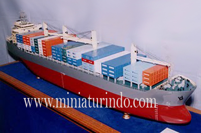 Container Vessel 2 copy Cargo Vessel